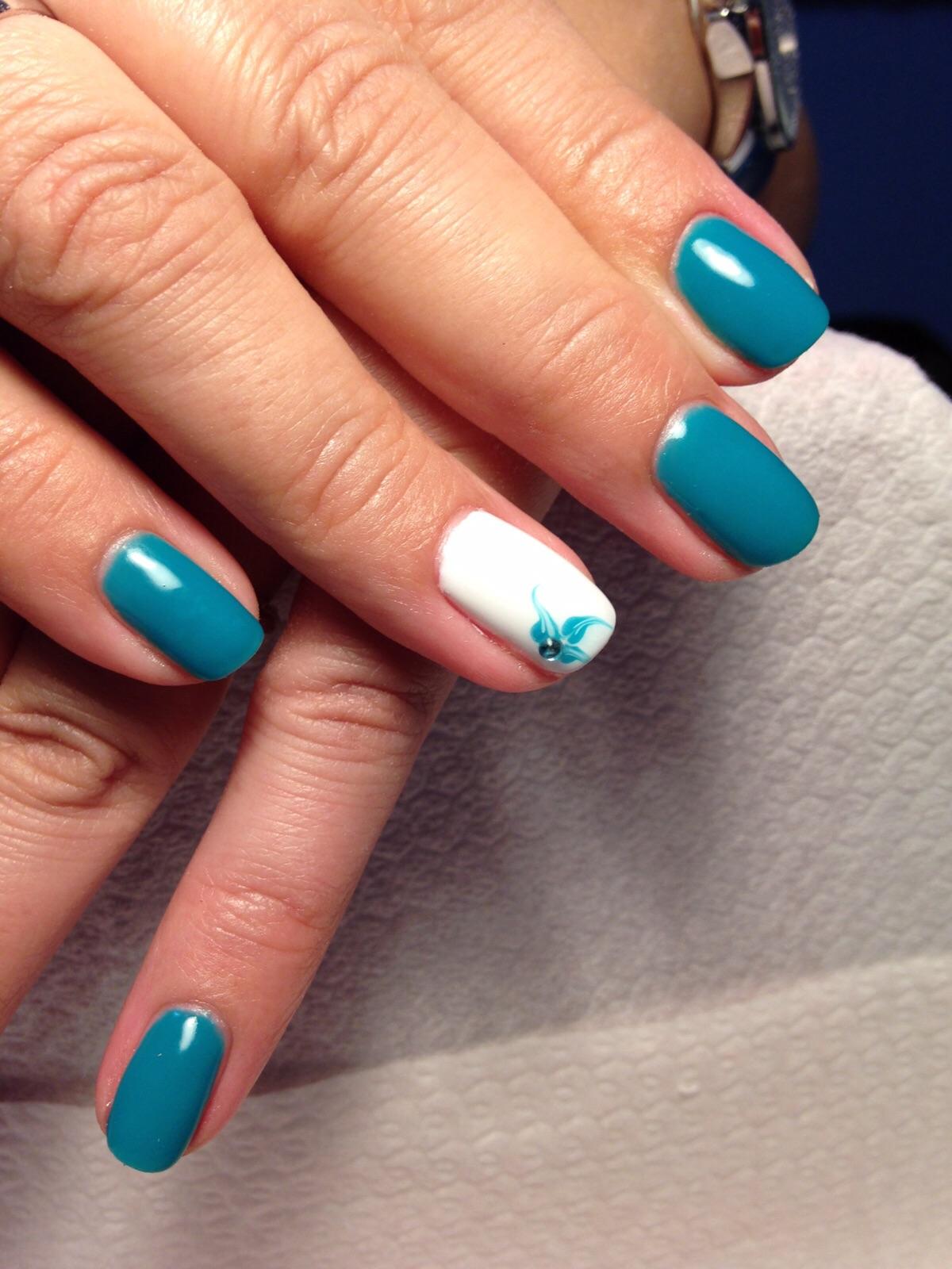 Amato estetica unghie ferrara - smalto semipermanente verde 2 - ESTETICA  WS21